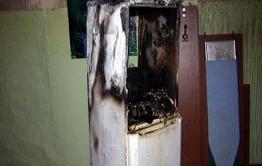 Мастер пострадал при взрыве во время заправки холодильника в Сретенске