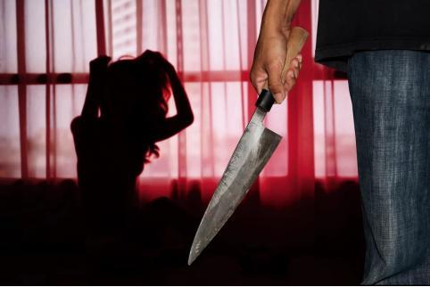 Подозреваемого в убийстве жены читинца взяли под стражу