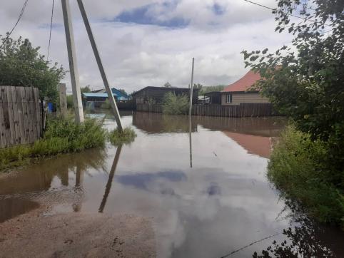 Пригород Чернышевска смыло за полчаса