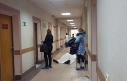 В Краснокаменске мужчина приехал в больницу на медкомиссию и умер там