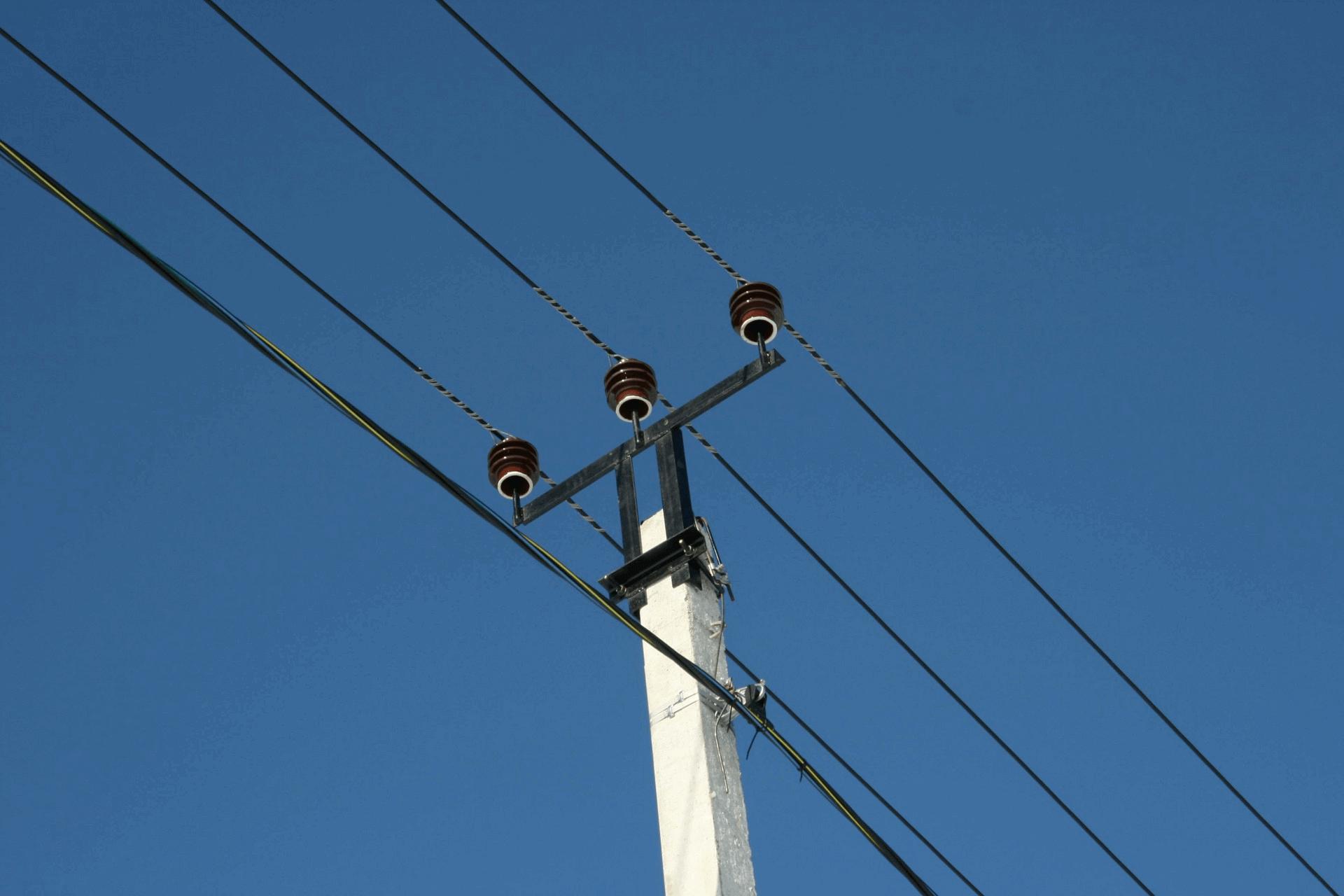В Забайкалье электрика ударило током напряжением в 27 тыс. вольт. Он выжил.